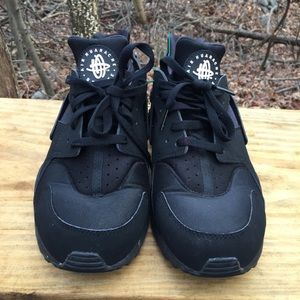 Nike Air Huarache Run Athletic Sneakers Size 10.5
